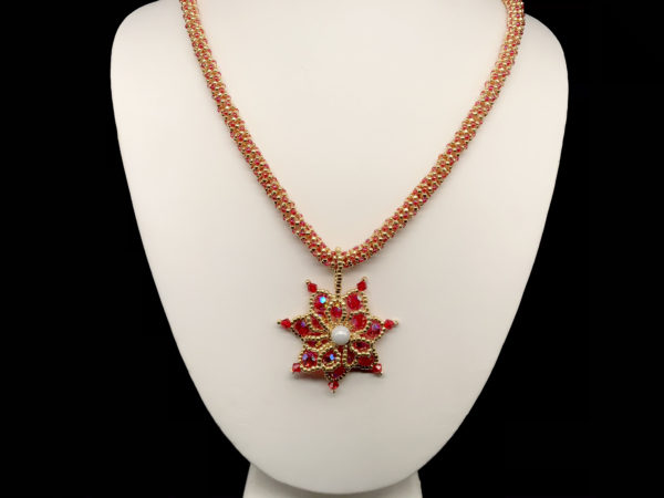 Necklace With Bicone Flower Beads